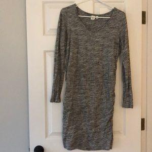 Gap long sleeve maternity dress